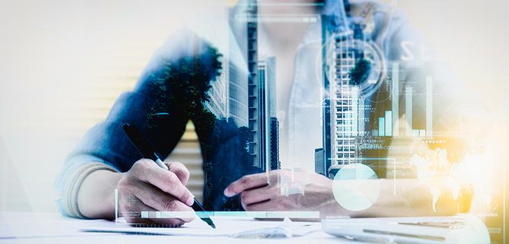 Illustration d'une femme d'affaires préparant et écrivant des documents