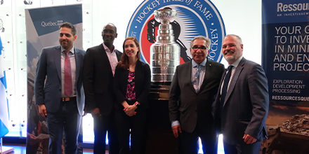 From left to right : Daniel Silverman, Vice-president, International affairs, Investissement Québec, Iya Touré, Vice-président, Ressources Québec, Catherine Dilley Tadros, Head of Post, Bureau du Québec à Toronto, Abel Bosum, Grand Chief of the Grand Council of the Crees of Northern Québec and Jonathan Julien, Minister of Energy and Natural Resources