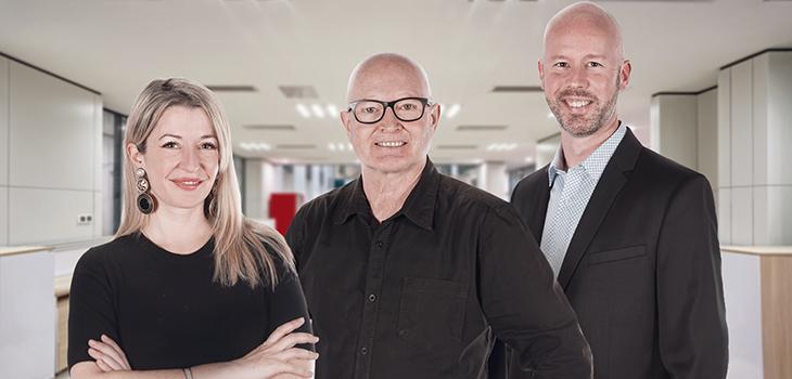 Sur la photo : Marie-Andrée Lavoie, directrice exécutive Talent et Culture, André Roy, directeur général et Guillaume Roy, directeur exécutif Technologie.