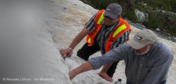 Photo d'employés de Nemaska Lithium sur le site de Whabouchi