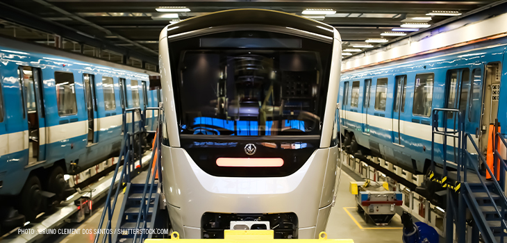 Photo of the new train wagon of the montreal subway beside the older one