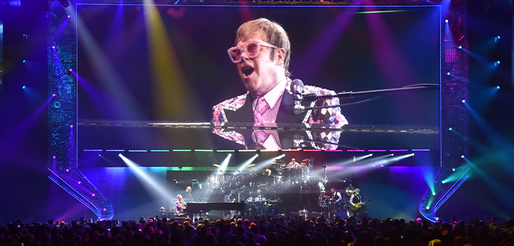 Photo d'un spectacle d'Elton John. Crédit photo: Solotech.