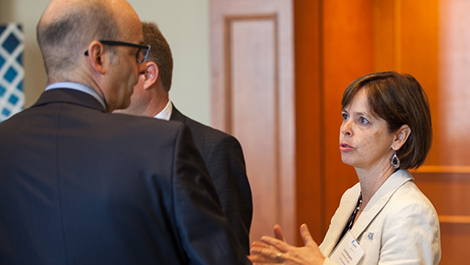 Photo of Linda Bergeron (right), Project Manager at Investissement Québec and Louis Brassard, CEO of Tafisa Canada